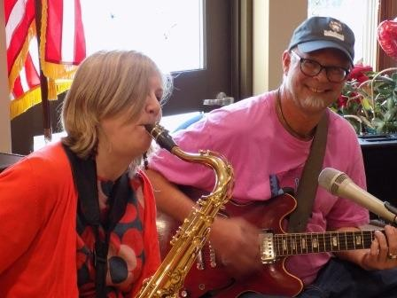 Liz Sivertson and John Gruber (The Sivertones) entertained the residents on Valentine's Day.